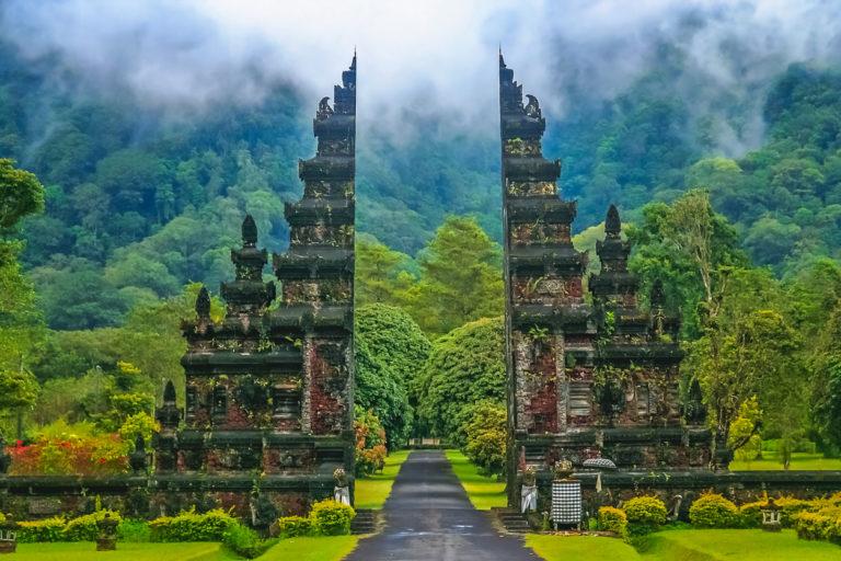 INDONÉSIE – COVID : Les opérateurs touristiques de Bali furieux des annonces sanitaires contradictoires