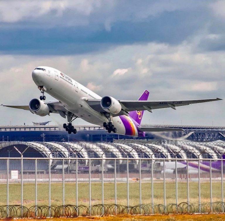 THAÏLANDE – AVIATION: L'aéroport de Suvanarbhumi s'enfonce, bientôt de l'eau sur les pistes