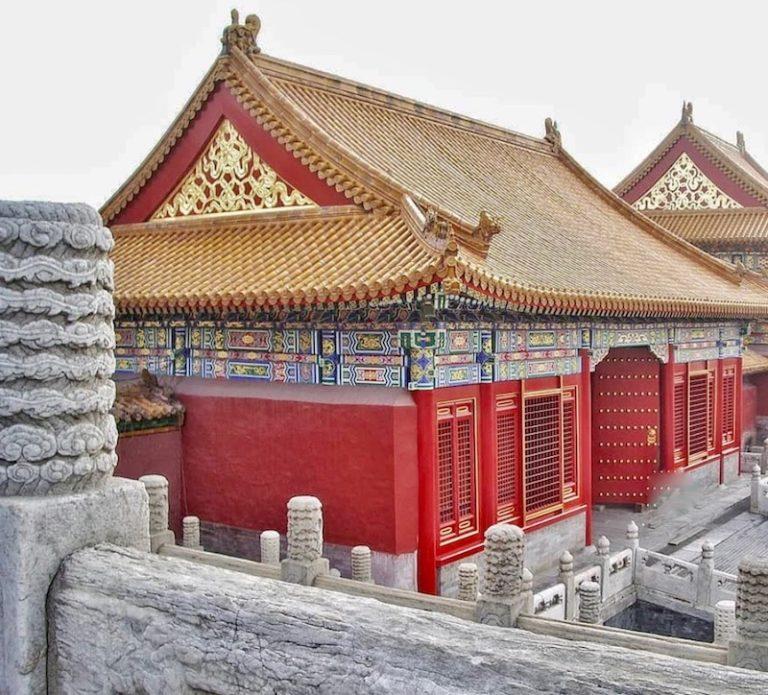 GAVROCHE – ROMAN : «L'impératrice rouge», épisode 8 : Embrouilles à Pékin