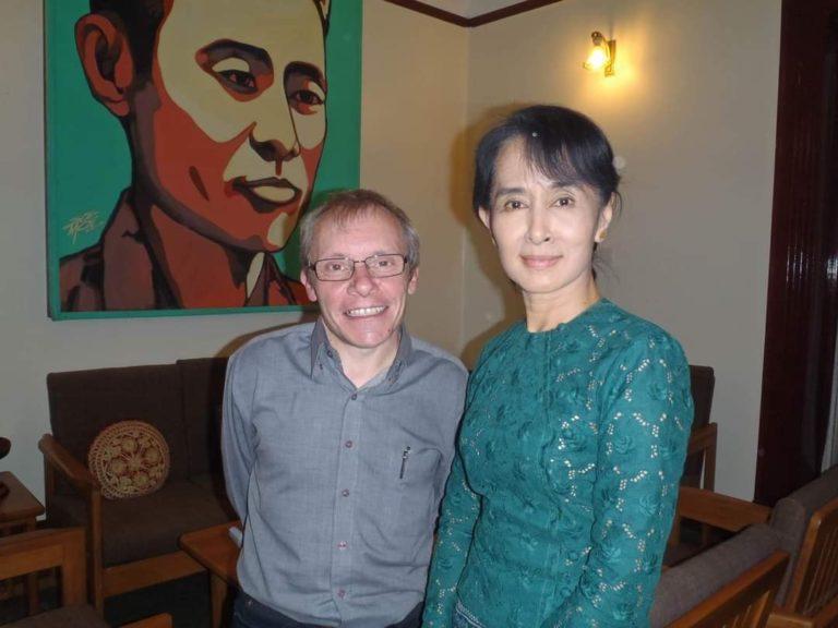 BIRMANIE – JUSTICE : Le conseiller australien d'Aung San Suu Kyi jugé dans la capitale birmane