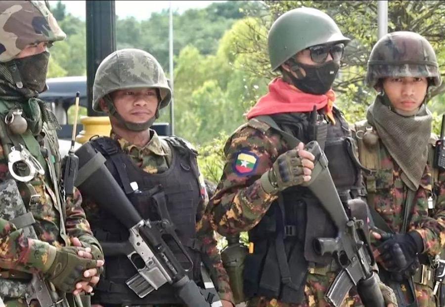 Birmanie soldat