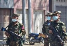 soldats en Birmanie